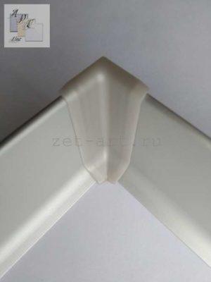 UV-1 Внутренний угол ПВХ для плоского плинтусаЦена указана за 1 шт.